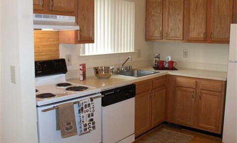 Apartments Near Rochester Turtle Creek Apartments for Rochester Students in Rochester, MI