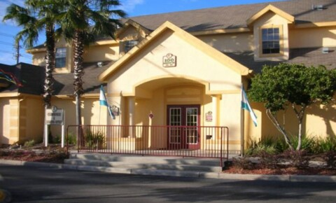 Apartments Near UCF Riverwind at Alafaya Trail for University of Central Florida Students in Orlando, FL