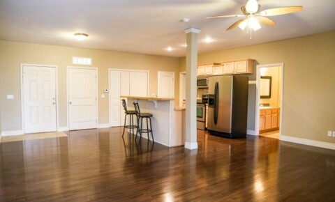 Apartments Near Baptist Bible College Pre Lease NOW! ONLY a few Gorgeous Units left next to MSU!! 2 and 3 Beds! for Baptist Bible College Students in Springfield, MO