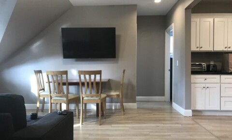 Apartments Near Bryant Modern 4BR/2BA_Free Wifi, utilities, cable and fully furnished_NO FEE for Bryant University Students in Smithfield, RI