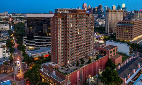 Apartments Near Amberton Gables Uptown Tower for Amberton University Students in Garland, TX