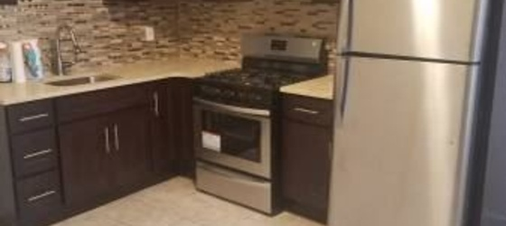 Lovely 3 Bedroom Apt. on 1st Floor of Private Home - Heat Hot Water Included - New Rochelle