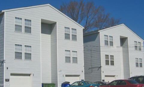 Apartments Near ECPI 1284 W 41st St Unit B for ECPI Students in Virginia Beach, VA