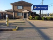 Life Storage - Louisville - Dixie Highway