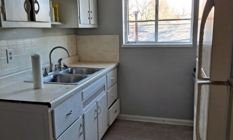 Houses Near Sinclair 1155 Linda Vista Ave Apt 4 for Sinclair Community College Students in Dayton, OH