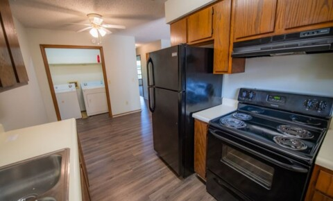Apartments Near University of Arkansas 65 S Duncan Ave for University of Arkansas Students in Fayetteville, AR