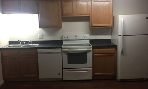 Apartments Near WVU 15 - 21 Beechurst Avenue for West Virginia University Students in Morgantown, WV