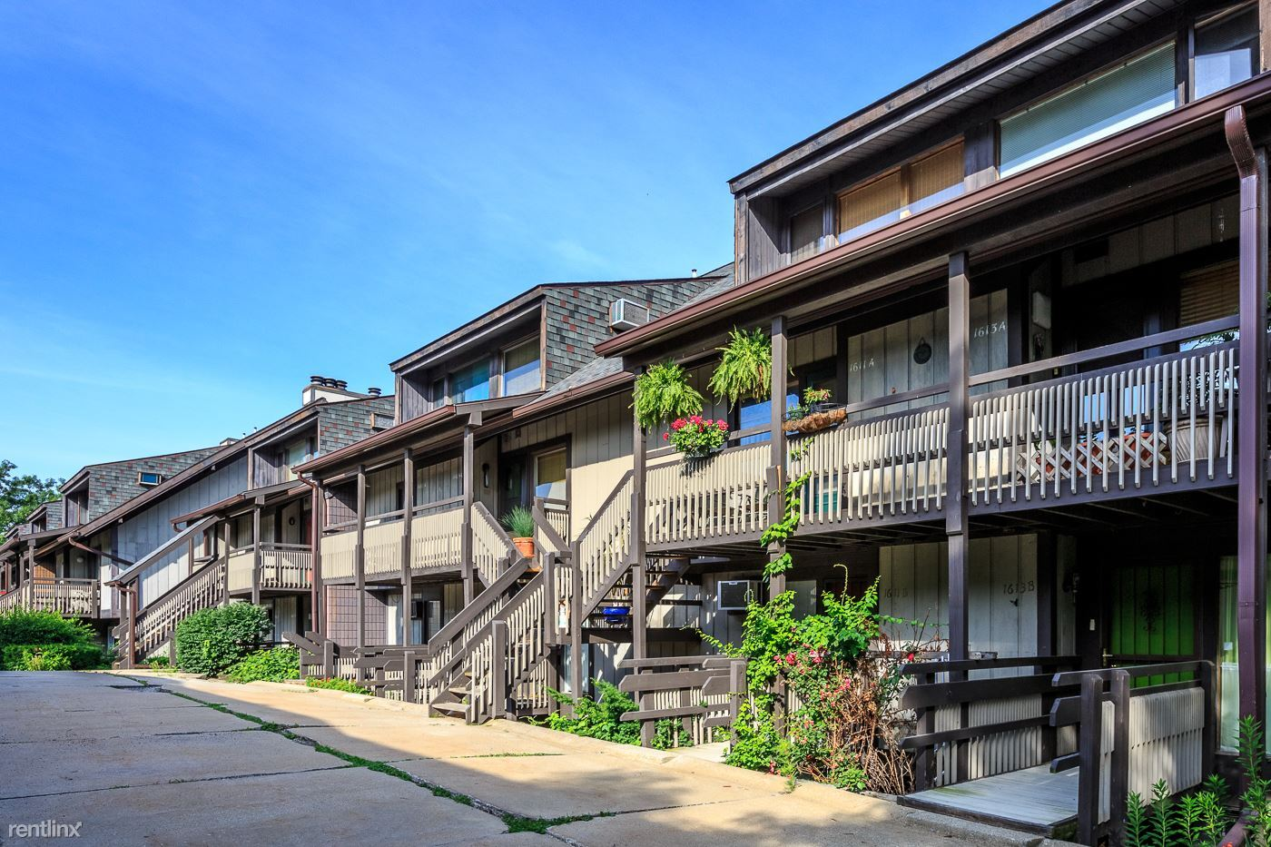 3 Bedroom Apartments Kent Ohio.Awesome Timber Top Apartments ...